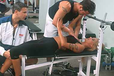 Girl gets double penetrated at the gym
